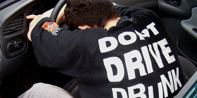 Iš girtų Danijos vairuotojų bus atimti automobiliai