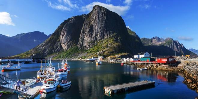 Penkios priežastys, kodėl verta aplankyti Lofoteno salas